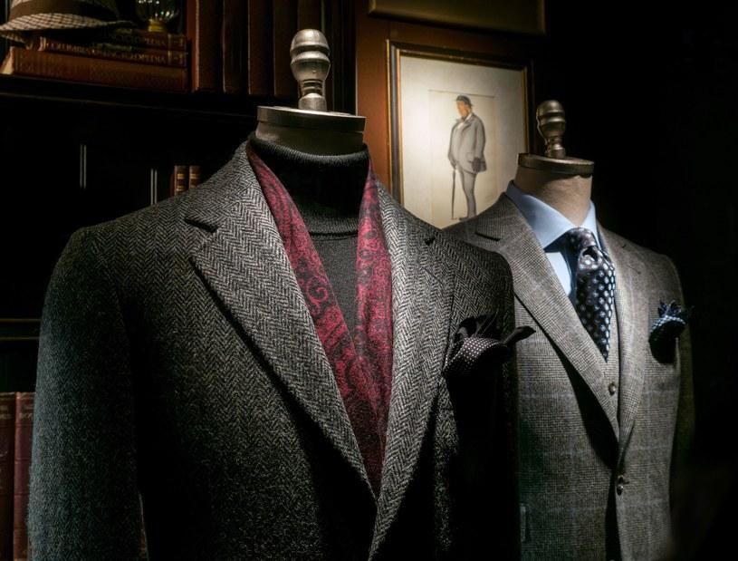 Ręcznie szyte garnitury są synonimem dobrego stylu /123RF/PICSEL