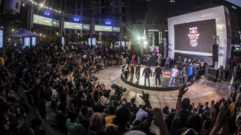 Red Bull BC One jest turniejem o miano najlepszego b-boya lub b-girl świata. Zawody organizowane od prawie 15 lat są jedną z najważniejszych imprez w świecie breakingu /materiały prasowe