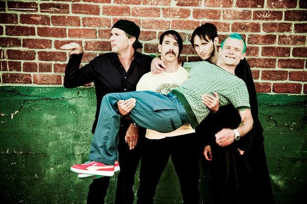 Red Hot Chili Peppers w aktualnym składzie /Warner Music Poland