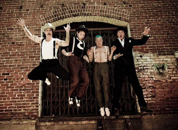Red Hot Chili Peppers w lipcu zagrają w Warszawie /The New York Times