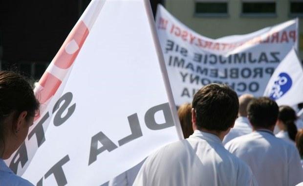 Referendum a potem strajk? Pracownicy łódzkiego szpitala chcą podwyżek