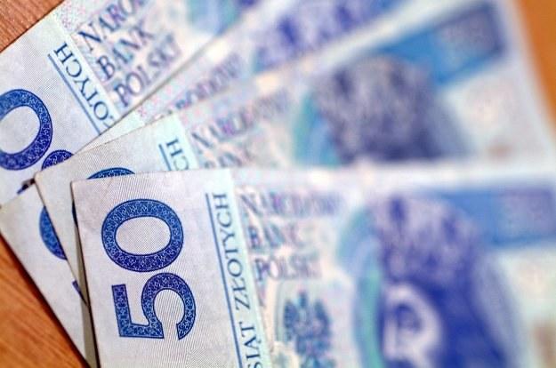 Refinansowanie drogiego kredytu może być źródłem dodatkowych rezerw w domowym budżecie /© Bauer