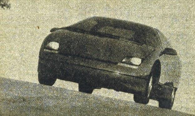Reflektory w samochodzie Citation IV schowane są za plastykowymi osłonami. Twórcy pojazdu są zdania, że mógłby on wejść do produkcji seryjnej za 10 lat. /Chevrolet