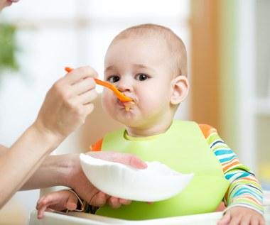 Refluks u niemowląt: Domowe sposoby