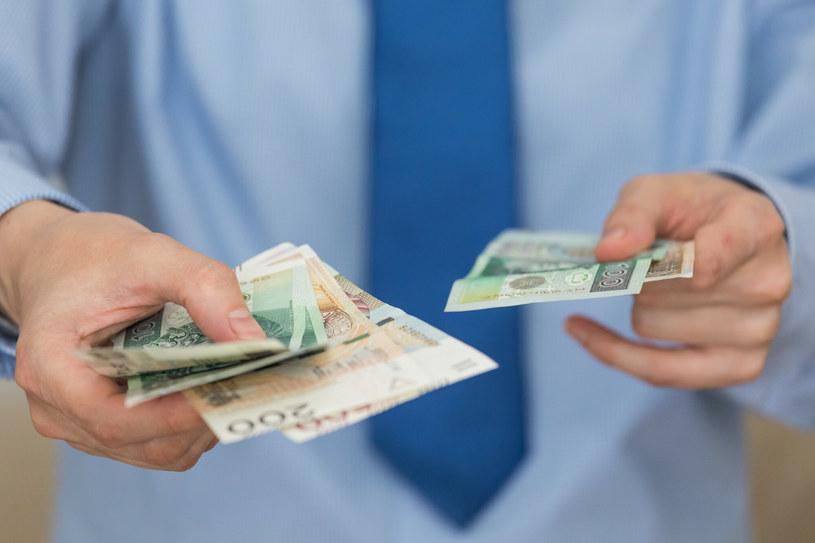 Reforma OFE: Najbardziej krytykowane jest pobieranie z góry 15-procentowego podatku. /Arkadiusz Ziółek /East News