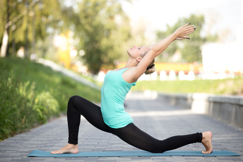 Regularne ćwiczenia pomagają zmniejszyć ból bioder /123RF/PICSEL