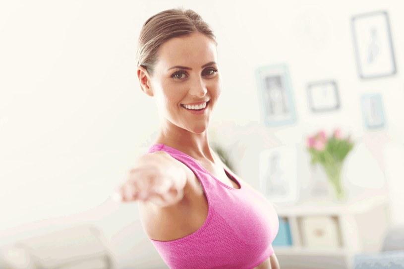 Regularne ćwiczenia przyniosą efekty /123RF/PICSEL
