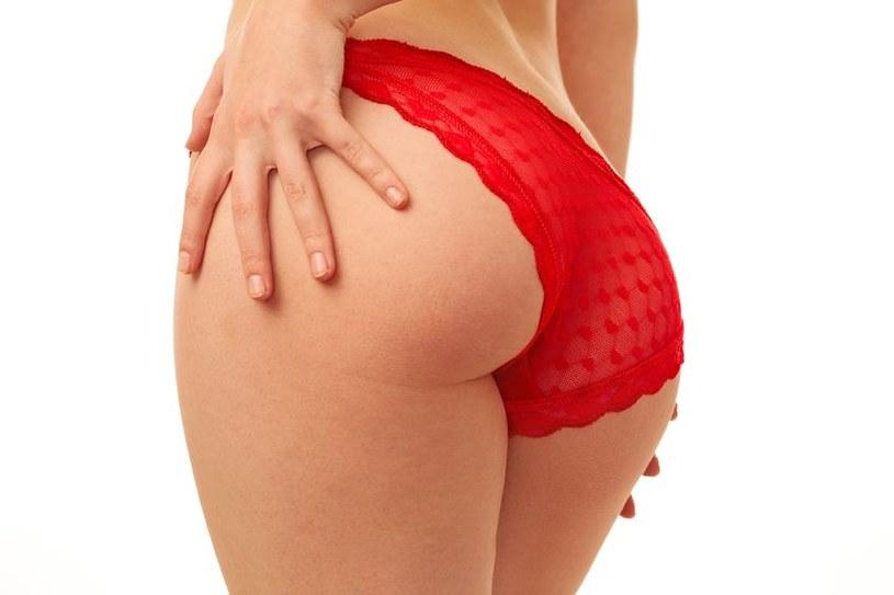 Regularne wcieranie kremów ujędrniających poprawi wygląd twojej skóry /123RF/PICSEL