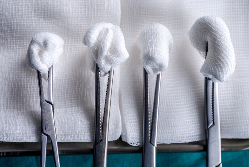 Regularne wizyty u stomatologa pozwalają uniknąć bólu i poważniejszych komplikacji zdrowotnych /123RF/PICSEL
