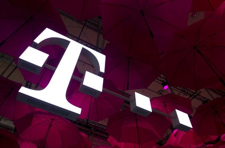 Reklamę przygotował koncern T-Mobile /AFP