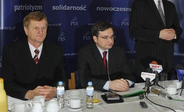 Rekordzista - poseł PiS Jerzy Gosiewski (z lewej), fot. P. Płaczkowski /Reporter