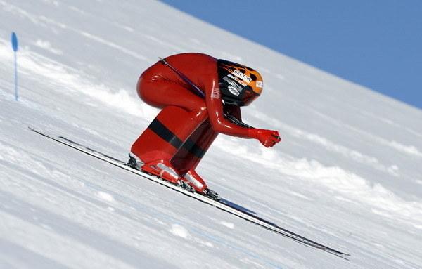 Rekordzista świata (251,40 km/h) - 33-letni Simone Origone /AFP