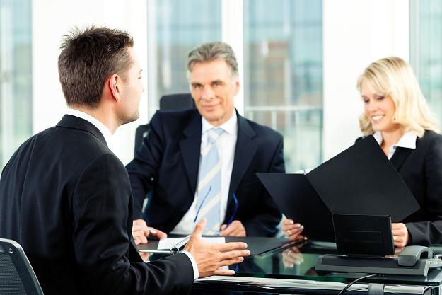 Rekrutujący wiedzą, jak wyprowadzić kandydata z równowagi /123RF/PICSEL