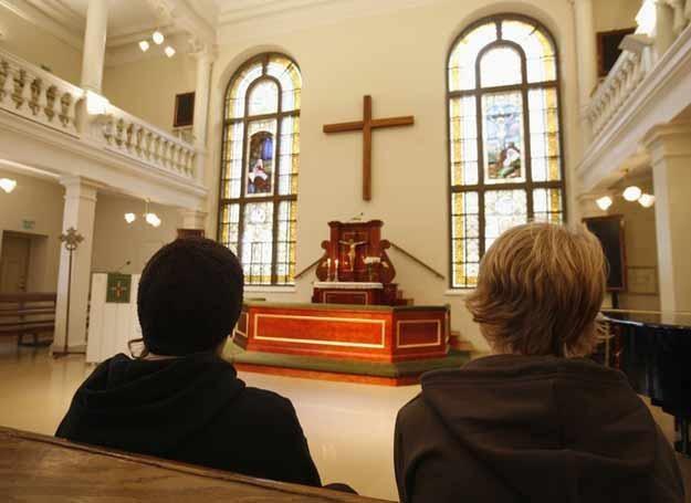 Religijność oparta na lęku nie sprzyja rozwojowi człowieka /East News