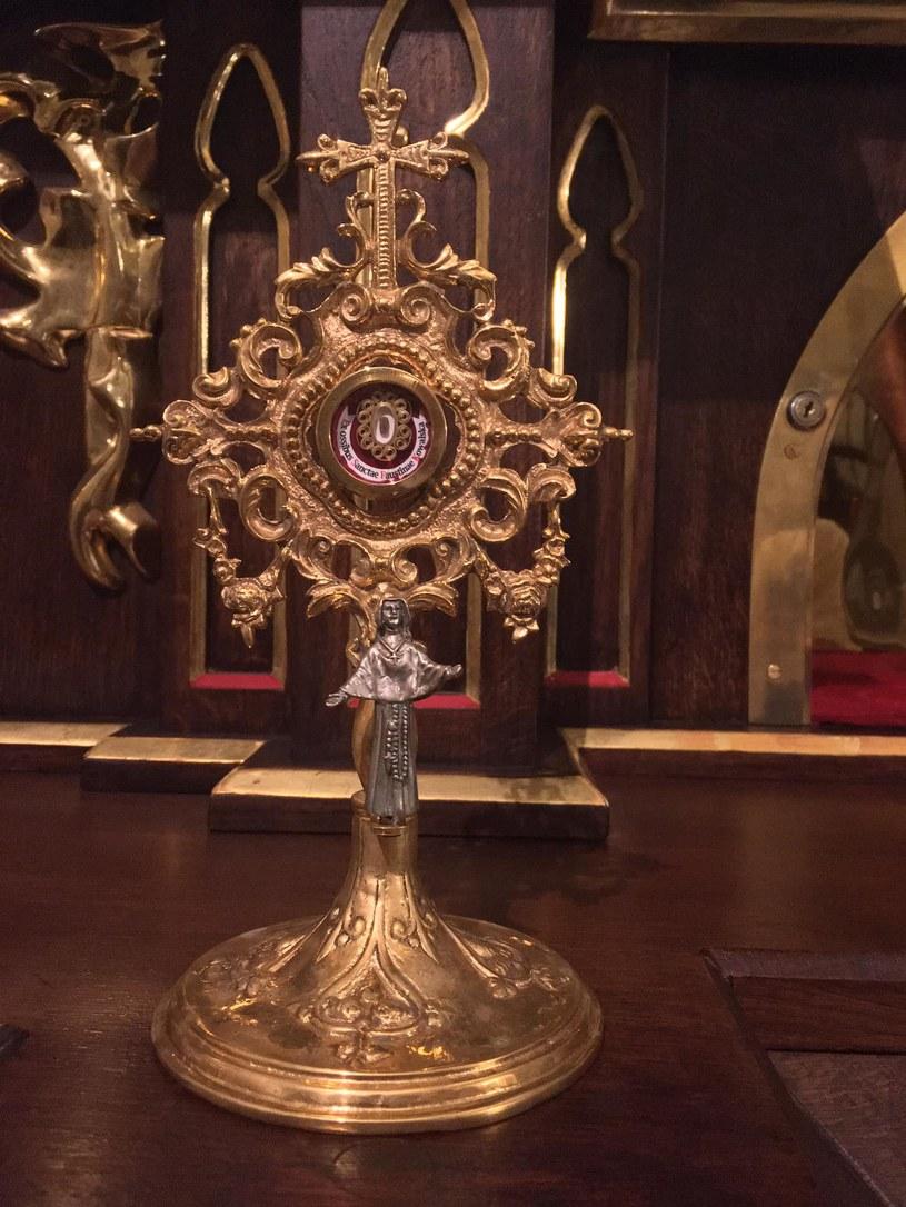 Relikwie św. Brata Alberta (Źródło: facebook.com/ParafiaswJozefaKrakow) /