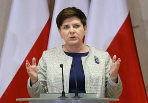 Relokacja uchodźców. Jarosław Flis: UE i polski rząd idą na zwarcie
