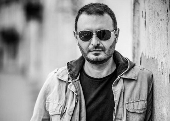 """Remigiusz Ryziński - autor między innymi książki """"Moje życie jest moje"""", fot. Albert Zawada /materiały prasowe"""