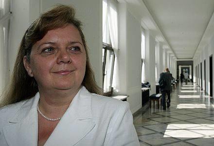 Renata Beger działa na PiS jak płachta na byka /AFP