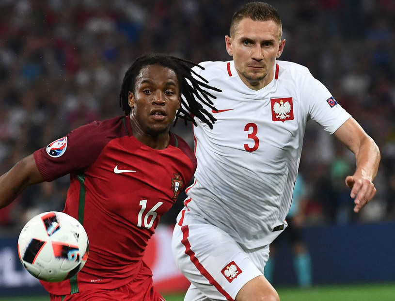 Renato Sanches i Artur Jędrzejczyk podczas Euro 2016 /AFP