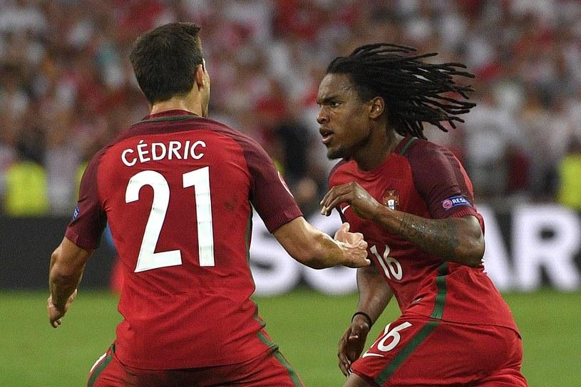 Renato Sanches (z prawej) po zdobyciu bramki w meczu z Polską na Euro 2016 /AFP