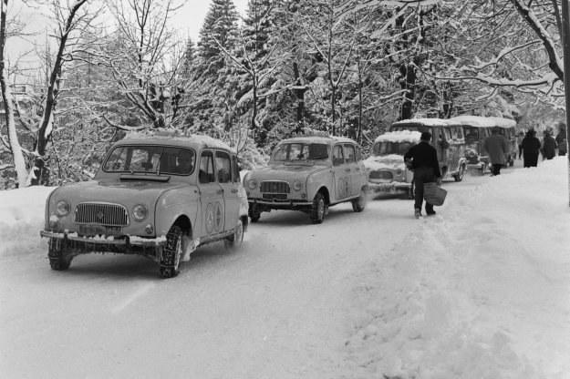 Renault 4 stał się kultowym pojazdem /