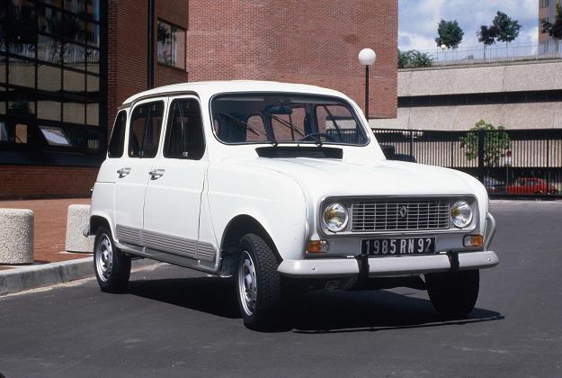 Renault 4 /