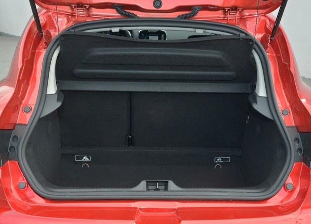 renault clio bagażnik /Motor