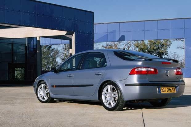Renault Laguna II 2003 (kliknij) /INTERIA.PL
