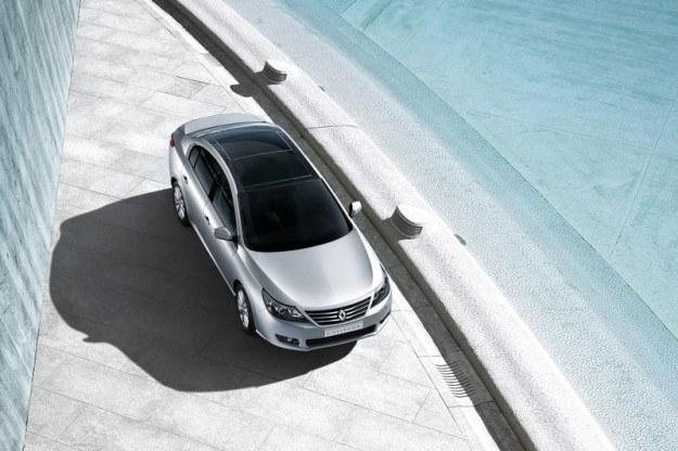 Renault latitude /