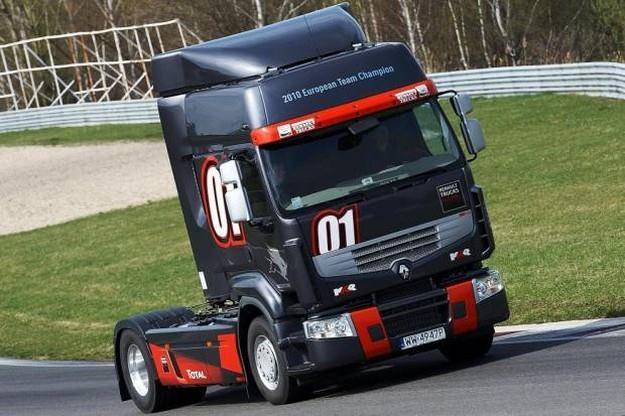 Renault premium route truck racing /