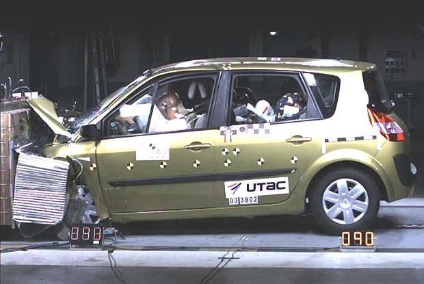 Renault Scenic (kliknij) /INTERIA.PL
