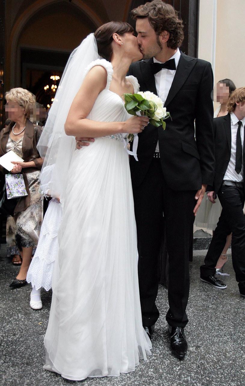 Reni Jusis i Tomek Makowiecki w dniu ślubu /ADAM NOCON /East News