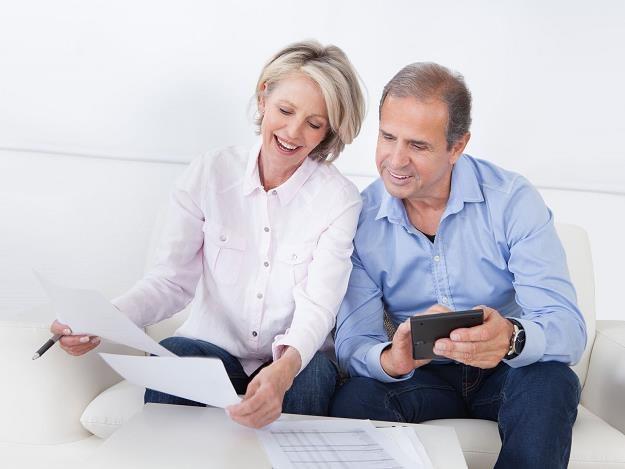 Renta dożywotnia i odwrócony kredyt hipoteczny - dobra alternatywa wobec oszczędzania na emeryturę? /©123RF/PICSEL