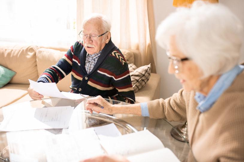 Renty i emerytury wzrosną w 2021 r. o co najmniej 50 zł /123RF/PICSEL