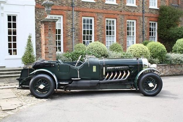 Replika Bentleya z silnikiem Spitfire'a /