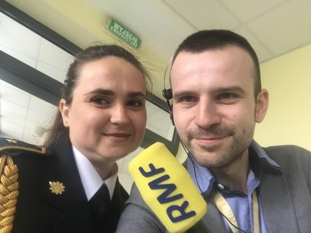 Reporter RMF FM Michał Dobrołowicz i Katarzyna Pliszczek ze Straży Pożarnej w Żyrardowiec /RMF FM