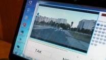 Reporter RMF FM rozwiązuje nowy egzamin na prawo jazdy