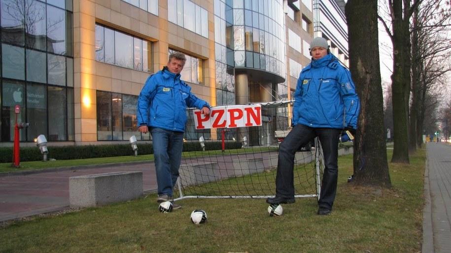 Reporterzy RMF FM Tomasz Skory i Paweł Świąder już strzelili gola  /Michał Dukaczewski /RMF FM