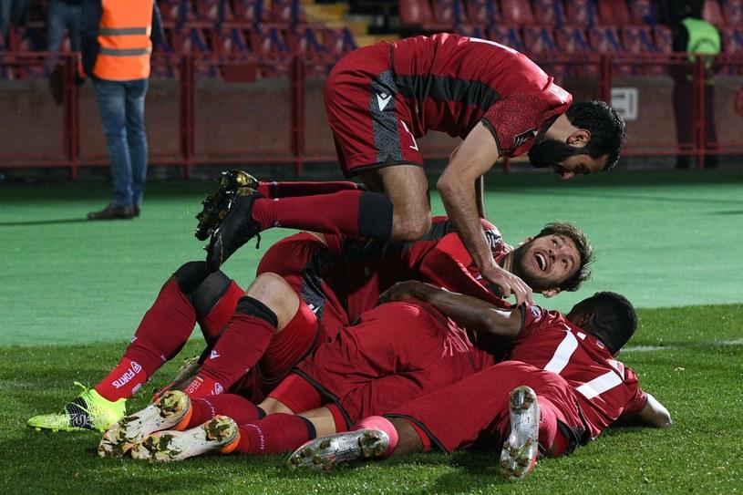 Reprezentacja Armenii cieszy się z gola w meczu z Rumunią 3-2 w eliminacjach mistrzostw świata Katar 2022 /KAREN MINASYAN /AFP