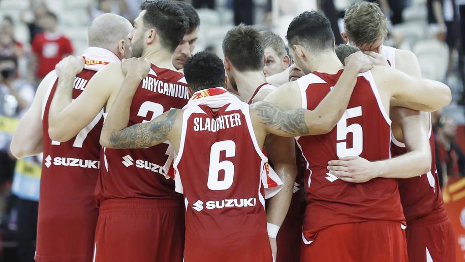 Reprezentacja Polski po meczu z Hiszpanią /WU HONG /PAP/EPA