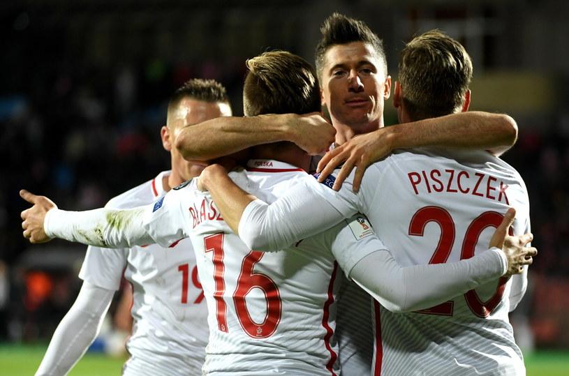 Reprezentacja Polski świętuje awans na mundial po 12 latach /Fot. Bartłomiej Zborowski /PAP