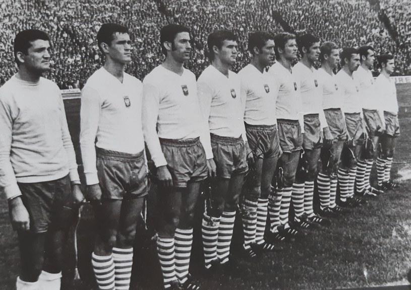 Reprezentacja Polski w 1969 roku przed meczem eliminacji mistrzostw świata z Holandią na Stadionie Śląskim, wygranym 2-1. Drugi z lewej Joachim Marx /archiwum Pawła Czado /INTERIA.PL