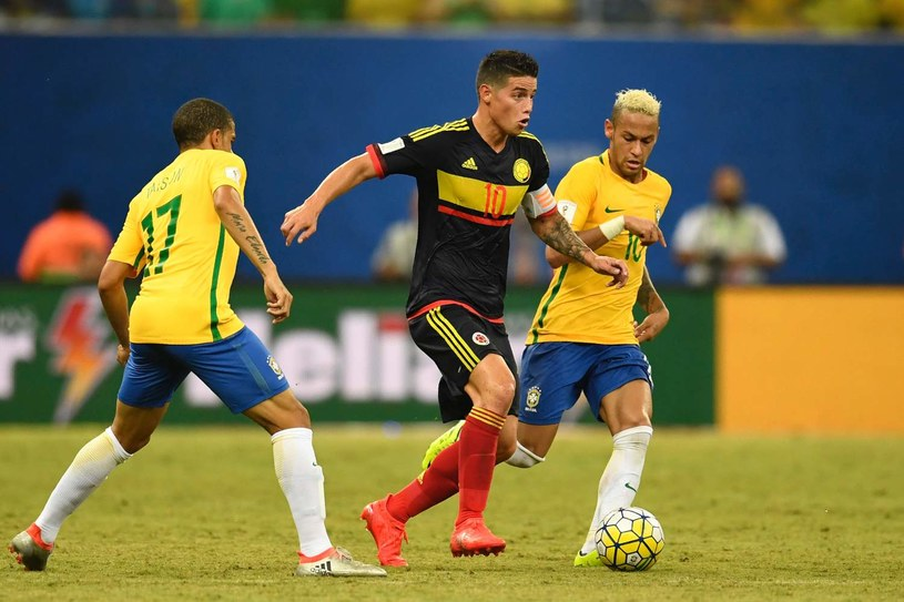 Reprezentacje Brazylii i Kolumbii zagrają dla rodzin ofiar katastrofy z piłkarzami Chapecoense /fot. Christophe Simon /AFP