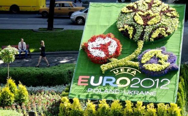 Reprezentacje chcą mieszkać w Krakowie podczas Euro 2012 /AFP
