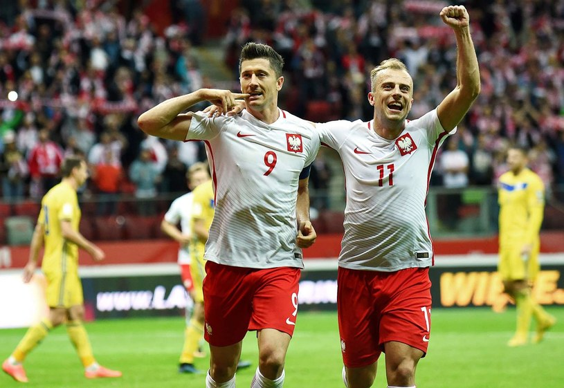 Reprezentanci Polski - Robert Lewandowski i Kamil Grosicki /AFP