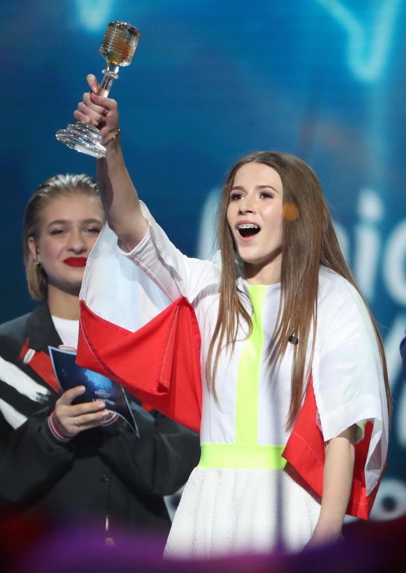 Reprezentująca Polskę 13-letnia Roksana Węgiel wygrywa Konkurs Piosenki Eurowizji dla Dzieci 2018 /EPA/TATYANA ZENKOVICH /PAP