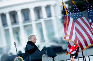Republikański kongresmen i lider demokratów w Senacie wzywają do zastosowania 25. poprawki wobec Donalda Trumpa