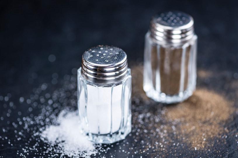 Reputacja soli jest nieco ponura, mimo że jest ona niezbędna do życia /123RF/PICSEL