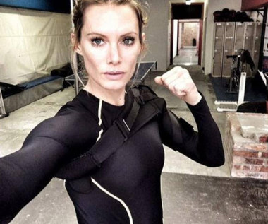 """Resident Evil"": Dublerka Milli Jovovich straci rękę"