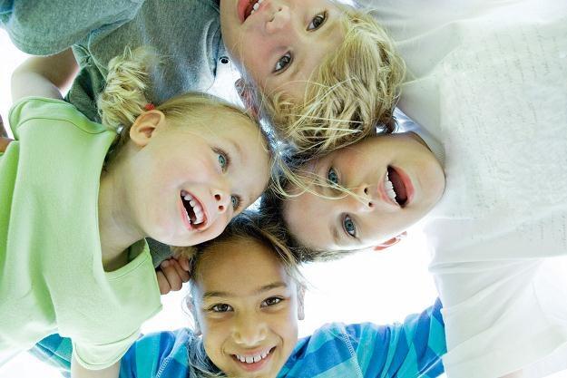 Resort finansów proponuje podwyższenie ulgi prorodzinnej na czwarte i następne dziecko /© Bauer